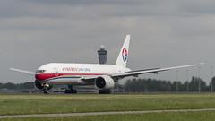B-2077 Boeing 777-F6N (Disktoaster) Tags: eham ams schiphol airport flugzeug aircraft palnespotting aviation plane spotting spotter airplane pentaxk1