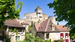 Château de Castelnaud (Cyril Ribault) Tags: pentax kr tamron tamronaf18200mmf3563xrdiiildasphericalif castelnaud chateau castle dordogne aquitaine france pont bridge riviere river perigord