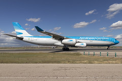 IMG_8954 (Pablo_90) Tags: plane planespotting lemd mad spo spotting airbus bo boeing a320 a330 a380 b737 b787 airport aircraft