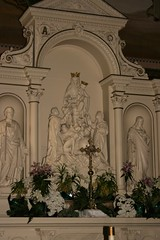 Holy Rosary Church (Ben Shaffer) Tags: cleveland ohio church catholic romanesquerevival arch niche statue reredo