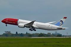 """Freddie Mercury"" Norwegian Long Haul LN-LNR Boeing 787-9 Dreamliner cn/38784-593 @ LFPG / CDG 06-05-2019 (Nabil Molinari Photography) Tags: freddiemercury norwegian long haul lnlnr boeing 7879 dreamliner cn38784593 lfpg cdg 06052019"
