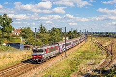 07 septembre 2018 BB 15036 Train 3345 Paris -> Caen Mézidon (14) (Anthony Q) Tags: 07 septembre 2018 bb 15036 train 3345 paris caen mézidon 14 bb15036 bb15000 sncf ter intercités corail ic ferroviaire normandie