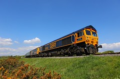 59003 73119 Woodyhyde Farm (Robert Sherwood) Tags: 59003 73119 pass woodyhyde farm hauling 1139 corfe castle swanage sunday 12th may 2019