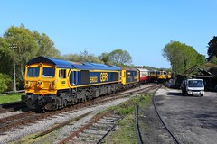 59003 73119 Corfe Castle (Robert Sherwood) Tags: 59003 73119 arrive corfe castle hauling 1615 from swanage sunday 12th may 2019