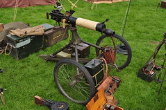 Vickers Machine Gun on improvised trailer (Richard.Crockett 64) Tags: vickers machinegun weapon trailer homeguard homefront ww2 worldwartwo templeatwar templebarns braintree essex 2019