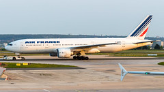 Boeing 777-228(ER) F-GSPO Air France (William Musculus) Tags: airport spotting aviation plane airplane william musculus paris charles de gaulle lfpg cdg fgspo air france boeing 777228er af afr