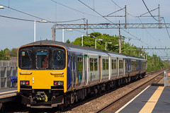 Northern 150149 (Mike McNiven) Tags: arriva railnorth northern sprinter supersprinter dmu diesel multipleunit manchester manchesterairport airport eastdidsbury didsbury liverpool limestreet