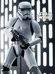 ST_DX_011 (siuping1018) Tags: hottoys disney starwars siuping1018 onesixthscale stormtrooper actionfigures photography toy canon 5dmarkii 50mm