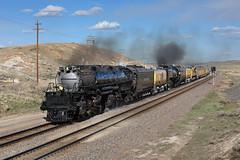 Westbound out of Como (Moffat Road) Tags: unionpacific up bigboy 4014 4884 train locomotive railroad signal steam steamlocomotive smoke come ramsey wyoming uplaramiesub passengertrain wy