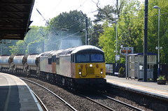 56113 & 56090 at Morpeth (stephen.lewins (1,000 000 UP !)) Tags: grids class56 56090 56113 morpeth northumberland railways