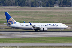 N17229 - 1999 build Boeing B737-824, arriving on Runway 08R at Houston (egcc) Tags: 0229 287 28793 b737 b737800 b737824 b737ng boeing bush houston iah intercontinental kiah lightroom n17229 staralliance texas ua ual united unitedairlines
