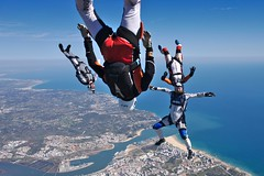 Portimão (Skaalnes) Tags: skydive freefly parachute algarve portugal sky skydiver freefall skydivealgarve blueskies blue portimão