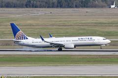 N67845 - 2015 build Boeing B737-924ER, arriving on Runway 08R at Houston (egcc) Tags: 0845 42185 5286 b737 b737900 b737900er b737924er b737ng boeing boeing737 boeing737900er bush houston iah intercontinental kiah lightroom n67845 staralliance texas ua ual united unitedairlines
