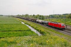 DB Cargo 193 339 - Sliedrecht (rvdbreevaart) Tags: db dbcargo br193 siemens vectron sliedrecht eisenbahn railway ferrovie raw rawtherapee nikon d3300 trein betuweroute
