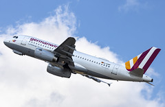 D-AGWF Airbus A319-100 Eurowings DUS 2018-07-31 (4a) (Marvin Mutz) Tags: dagwf eurowings airbus a319100 dus eddl düsseldorf international nordrheinwestfalen germany aviation planespotting avgeek aircraft airplane aeroplane plane pilot cockpit crew passenger travel transport jet jetliner airline airliner wings engines airport runway taxiway apron clouds sky flight flying