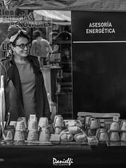 Asesoría Energética - Energy Consulting (danielfi) Tags: mercado market grao asturias queso cheese street calle callejera blanco negro black white streetphotography asesoría energética energy consulting afuegal pitu
