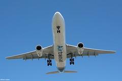 pl08juin18tsa3303 (lanpie012000) Tags: montreal montréal yul cyul airtransat airbusa330342 cgcts fin002
