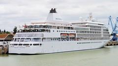SILVER WHISPER SHIP (CRUISE) (DAGM4) Tags: sevilla andalucía españa europa europe espagne espanha espagna espana espanya espainia spain spanien 2019 silverwhisper ship crucero puertodesevilla