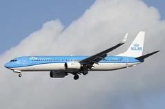 PH-BXT (LIAM J McMANUS - Manchester Airport Photostream) Tags: phbxt kl klm klmroyaldutch royaldutchairlines theflyingdutchman zeestern boeing b737 b738 738 b73h 73h boeing737 boeing737800 egcc manchester man