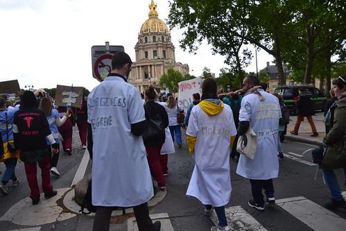 1 milliard pour Notre-Dame et il n'y aurait pas d'argent pour les hôpitaux, les écoles ou le logement...