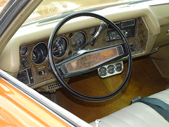 Chevrolet Monte Carlo 1971 (9) (BOSTO62) Tags: héric cars wagen voitures ancienne chevrolet montecarlo 1971 coupé orange