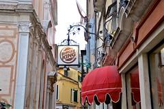 Burger King In Venice (Joe Shlabotnik) Tags: venice sign italy 2019 april2019 venezia italia burgerking afsdxvrzoomnikkor18105mmf3556ged
