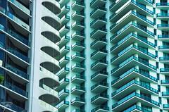 Miami Downtown and the Metro Mover (Florida/USA) (giannizigante) Tags: metromover miamibeach centro città grattacieli palazzi