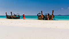 The beauty (hjuengst) Tags: thailand andamansea beach whitesand boat longtailboat turquoise türkis bambooisland phiphiisland krabi phuket kohmaiphai