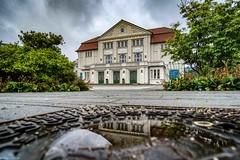 Lessing-Theater nach dem Regen (carsten.plagge) Tags: 2019 a6300 cp55 carstenplagge nachdemregen samyang sony wolfenbüttel
