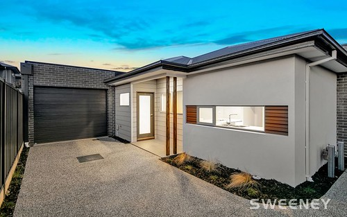 3/54 Cyclamen Av, Altona North VIC 3025