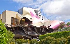 Ciudad del Vino # 3 (schreibtnix on'n off) Tags: reisen travelling europa europe spanien spain gebäude building frankogehry futuristisch futuristic ciudaddelvino olympuse5 schreibtnix
