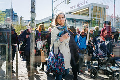 afternoon rush hour (@Tuomo) Tags: helsinki finland mannerheiminkatu afternoon rushhour rush pedestrian woman reflections throughtheglasssunshine sony a9 ilce9 sel35f25z street streetphotography streetportrait may spring downtown urban