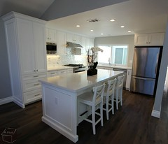 Classic style design build transitional #kitchenRemodel with custom white #cabinets in city of #Irvine #OrangeCounty https://www.aplushomeimprovements.com/portfolio_page/irvine_transitional_kitchen_bathroom_design_build104/ (Aplus Interior Design & Remodeling) Tags: whitecabinets kitchenremodel kitchen kitchenrenovation kitchencabinets remodel residentialdesign remodeling renovation residentialremodel residential reface