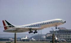 Caravelle (Pentakrom) Tags: london heathrow sud aviation caravelle idabw alitalia