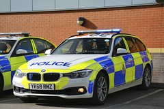 YK68 RMZ (S11 AUN) Tags: derbyshire police bmw 330d xdrive 3series estate touring anpr traffic car roads policing unit rpu motor patrols 999 emergency vehicle yk68rmz