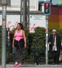 Old lady scowls after young one who walks against crossing illuminated redman ! (sms88aec) Tags: old lady scowls after young one who walks against crossing illuminated redman