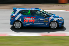 Michelin Clio Cup series - Richard Colburn ({House} Photography) Tags: michelin clio cup series race racing motorsport motor sport panning motion renault french brands hatch uk kent fawkham circuit track housephotography timothyhouse canon 70d 70200 f4