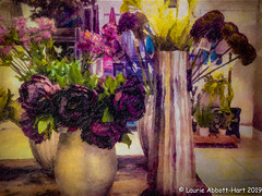 -20190517 ODC Vase (Laurie2123) Tags: iphone8plus laurieabbotthartphotography laurieturner laurieturnerphotography laurietakespics odc odc2019 ourdailychallenge laurie2123 textures texturedimage