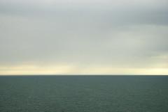 Normandie 2016 / Normandy 2016 (Joseff_K) Tags: granville normandie normandy cotentin cloud nuage mer sea lamanche manche thechannel channel ciel sky nikon nikond80 d80 tamron tamron1750f28