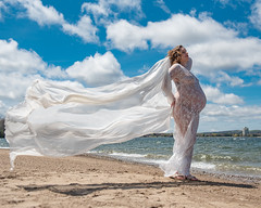 Beach Maternity (johnarobb) Tags: barrie beach maternity pregnant windy elb500ttl elb500 elinchrom