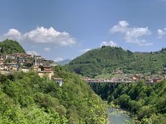 (Paolo Cozzarizza) Tags: italia lombardia bergamo ubialeclanezzo panorama ponte acqua chiesa strada alberi