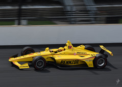 You go Helio (jcdriftwood) Tags: heliocastroneves fastfriday indycar indy indianapolis ims indianapolismotorspeedway pennzoil motion panning verizon hitachi racing