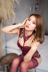 III08999 (HwaCheng Wang 王華政) Tags: 人像 外拍 馬甲 內衣 花蓮 費斯 玻璃屋 旅拍 corset underwear md model portraiture sony a7r3 ilce7rm3 a7r mark3 a9 ilce9 24 35 85 gm 絲襪 stockings