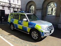 6371 - MoD Police - EU17 VXH - 004 (Call the Cops 999) Tags: uk gb united kingdom great britain england 999 112 emergency service services vehicle vehicles 101 police policing constabulary law and order enforcement