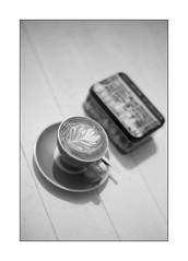 Saturday break (Istvan Penzes) Tags: leicammonochromtyp246 penzes manualfocus rangefinder availablelight handheld bw black white bw106nd18filter leicasummilux50mmasph