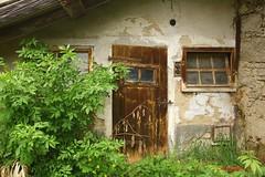 IMG_2069 (ChPflügl) Tags: maurerhaus farm bauernhof dreiseithof dreiseiter abandon decay verfall oberösterrreich upperaustria mühlviertel österreich austria