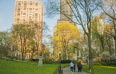 1379_0701FL (davidben33) Tags: spring 2019 new york manhattanstreetphoto street photos architecture people landscape cityscape buildings fashion women girls 718 5thave centralpark monument