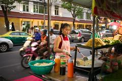 Street Food - Bangkok (waex99) Tags: 2018 bangkok dec huahin leica m262 summicron travel voyage famille thailand street food hawker people portraits thai asia asie thailande 35mm patpong