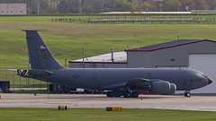 United States Air Force Boeing KC-135R 57-1479 (MIDEXJET (Thank you for over 2 million views!)) Tags: milwaukee milwaukeewisconsin generalmitchellinternationalairport milwaukeemitchellinternationalairport kmke mke gmia flymke unitedstatesairforceboeingkc135r571479 boeingkc135r boeingkc135 boeing 459tharw