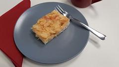 Butterkuchen (anlässlich des Geburtstages eines Kollegen) (multipel_bleiben) Tags: essen kuchen typischdeutsch zugastbeifreunden